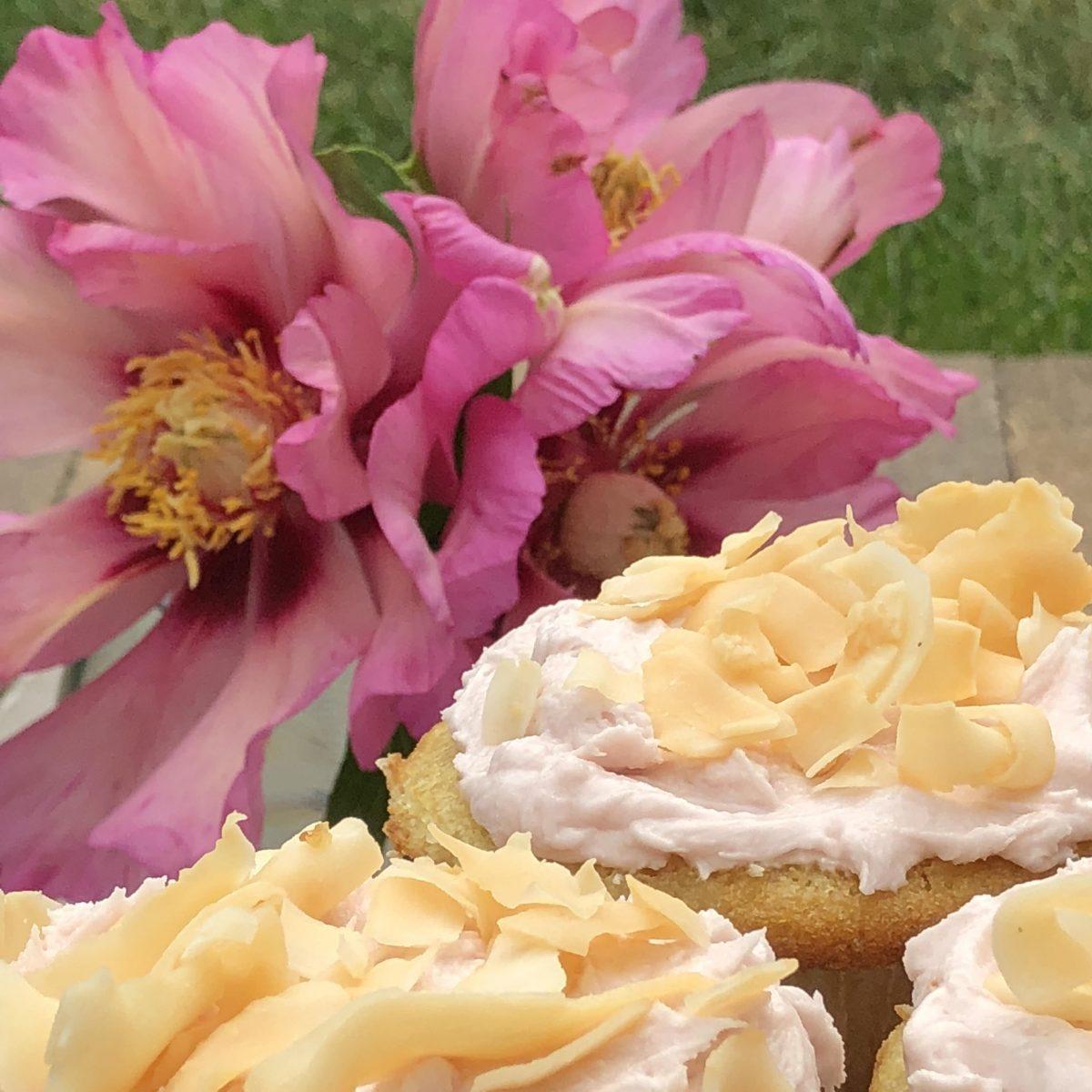 crunchy coconut cupcakes